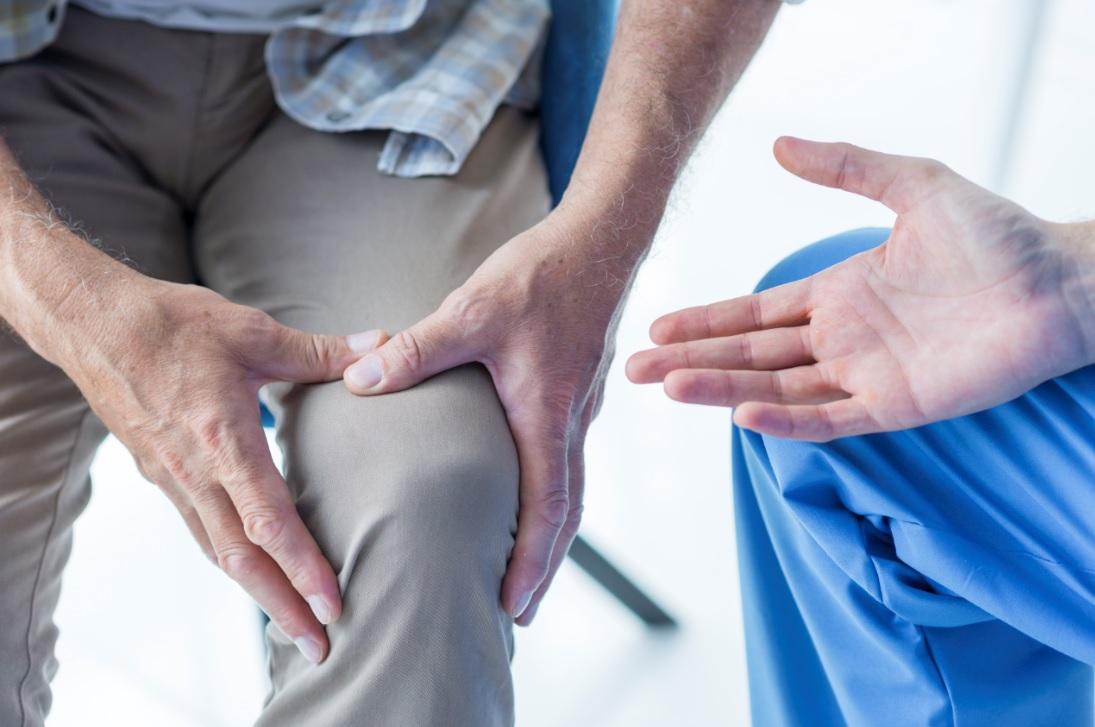長者腳痛3大原因: 真係膝頭出問題?